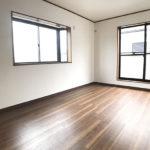 2階南側7.5帖洋室